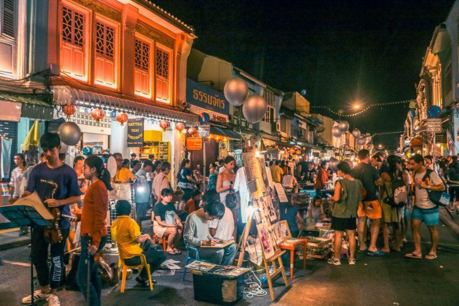 que hacer en phuket town